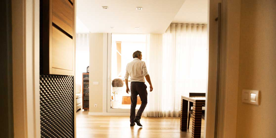 Interiorista Barcelona proyectos reformas viviendas salon muebles singulares