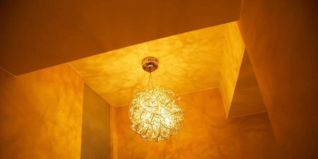 Interiorista Barcelona proyectos reformas viviendas techo iluminacion