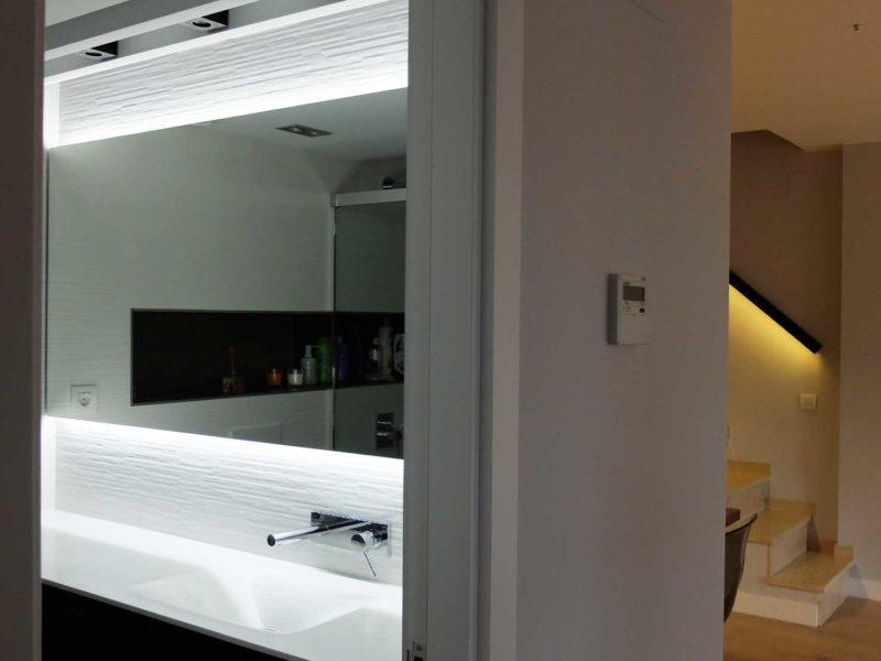 Proyectos Interiorismo Reformas Vivienda lavabo escalera