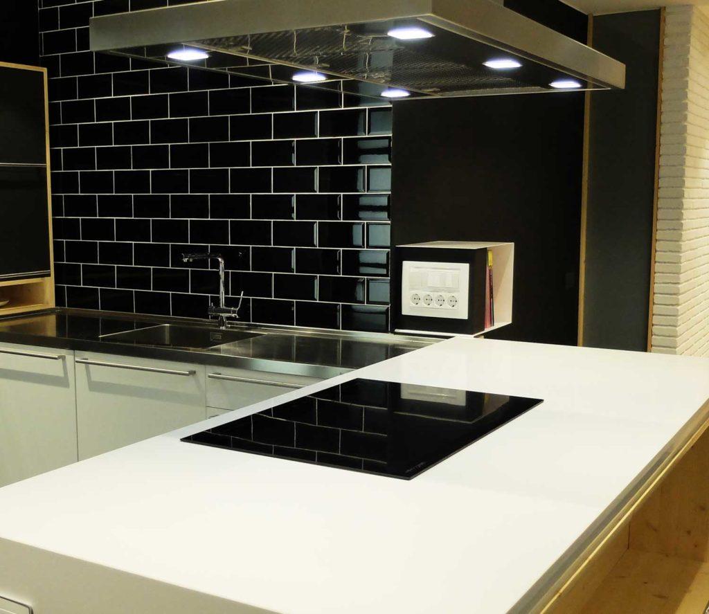 Muebles cocina barcelona finest muebles de cocina nuevos for Muebles nuevos economicos