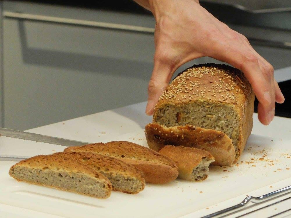 Tallers de cocina. Espacio Polivalente Interiorismo. Pan sin gluten