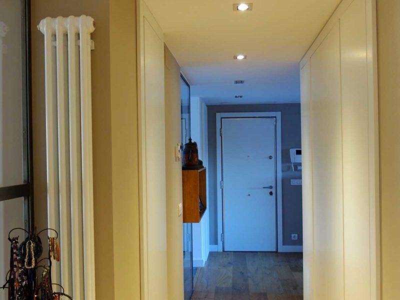 Interiorista Barcelona proyectos reformas viviendas Pasillo