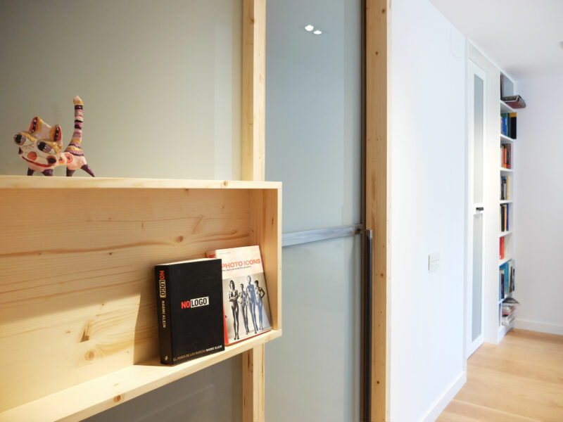 Interiorista Barcelona proyectos reformas puertas